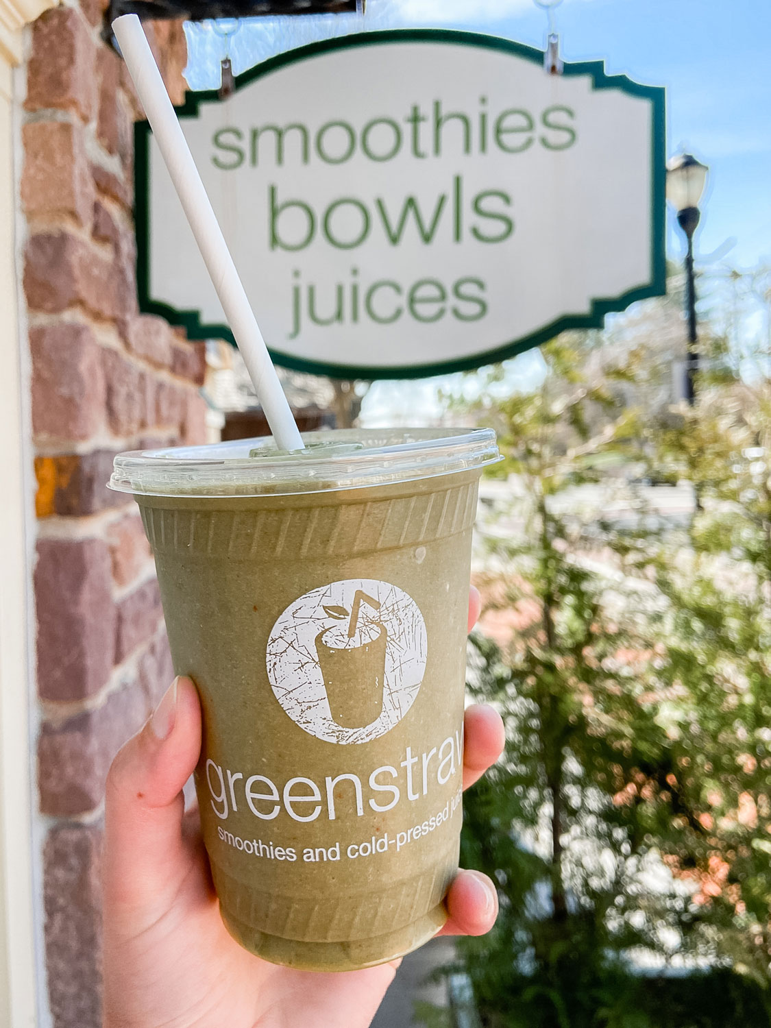 A green smoothie from Greenstraw.