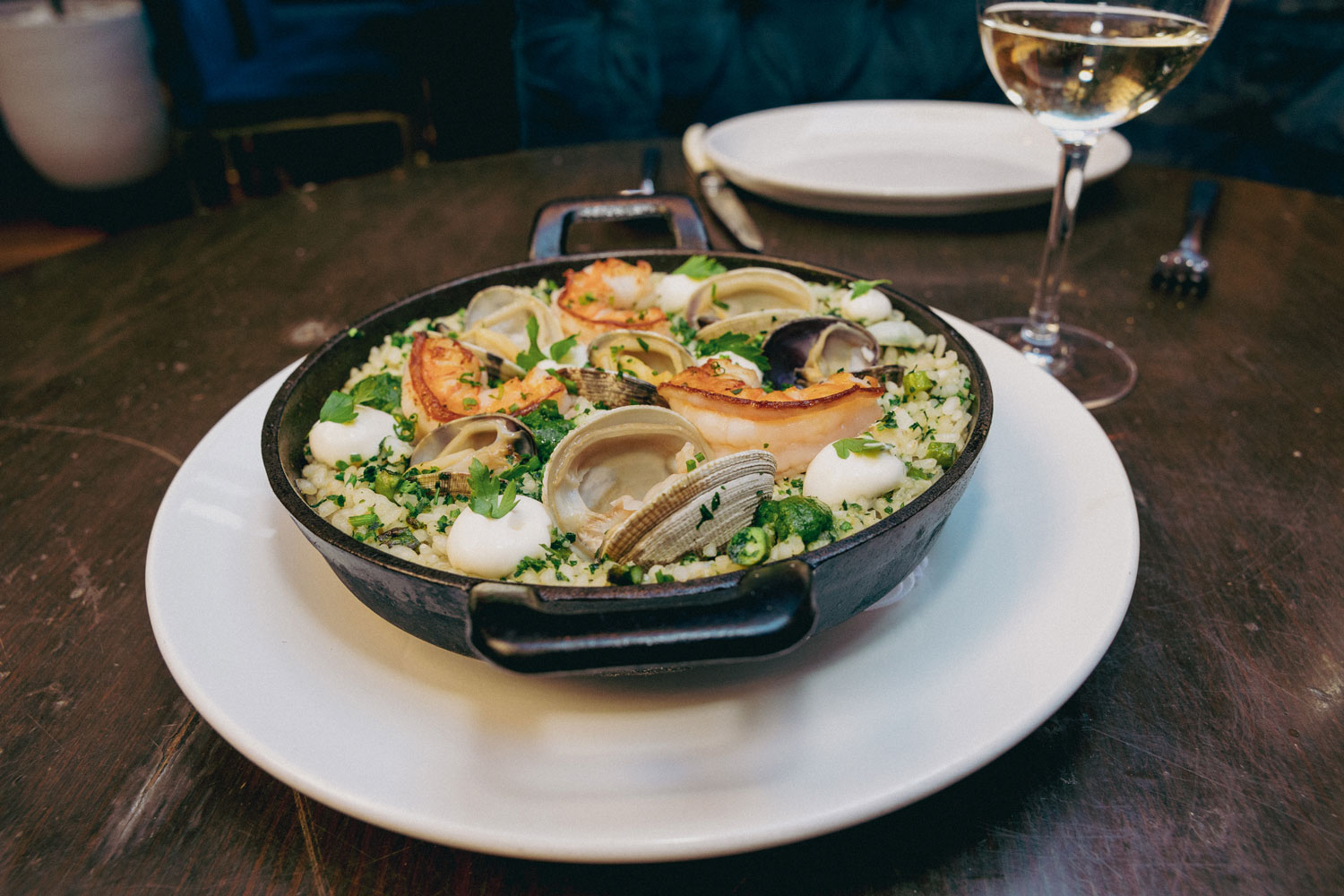 Tomiño, Spanish restaurant in Manhattan, is transforming what it means to serve Spanish food. Learn about Tomiño and other Spanish restaurants in New York.