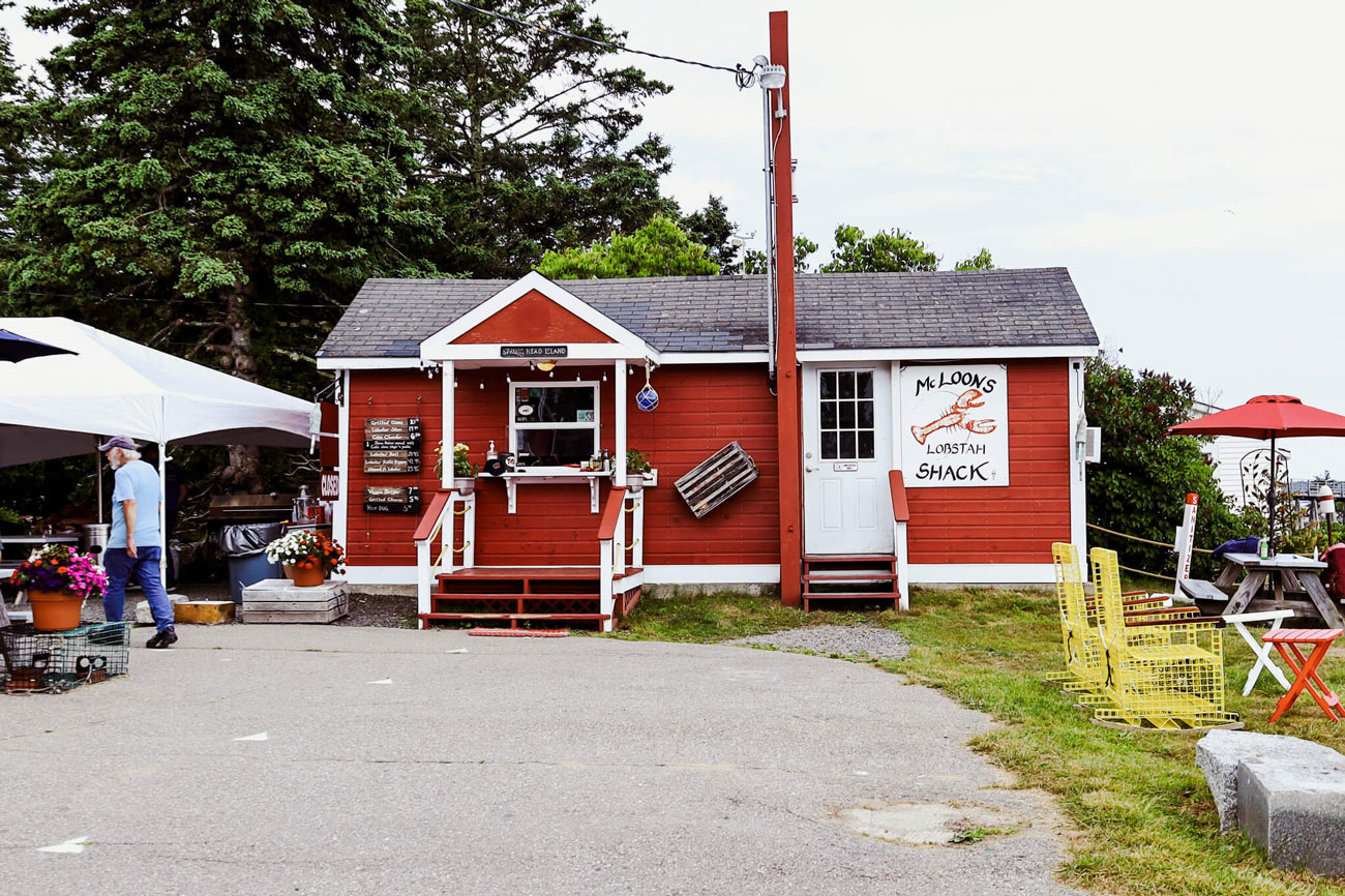 The exterior of McLoons Lobster Shack.